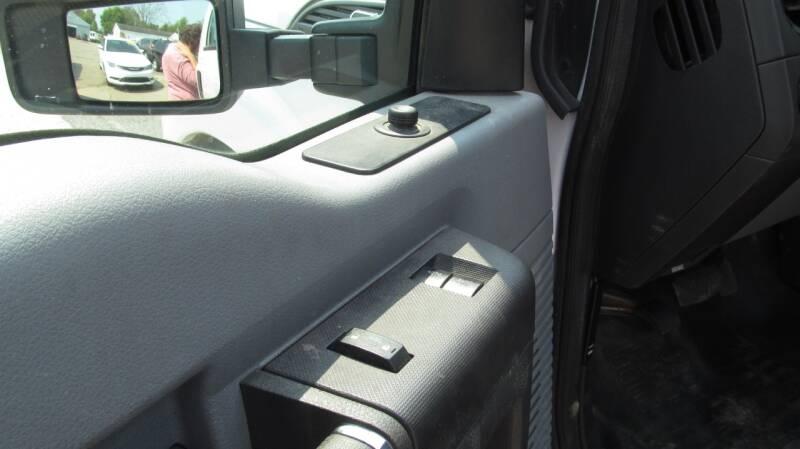 2013 Ford F-250 Super Duty 4x4 XL 2dr Regular Cab 8 ft. LB Pickup - Stanton MI