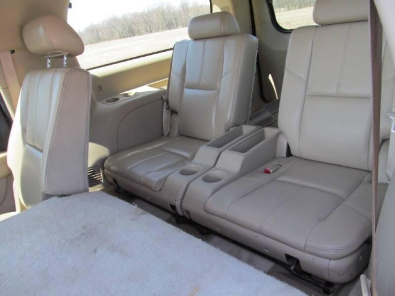 2007 Chevrolet Suburban LTZ 1500 4dr SUV 4WD - Stanton MI