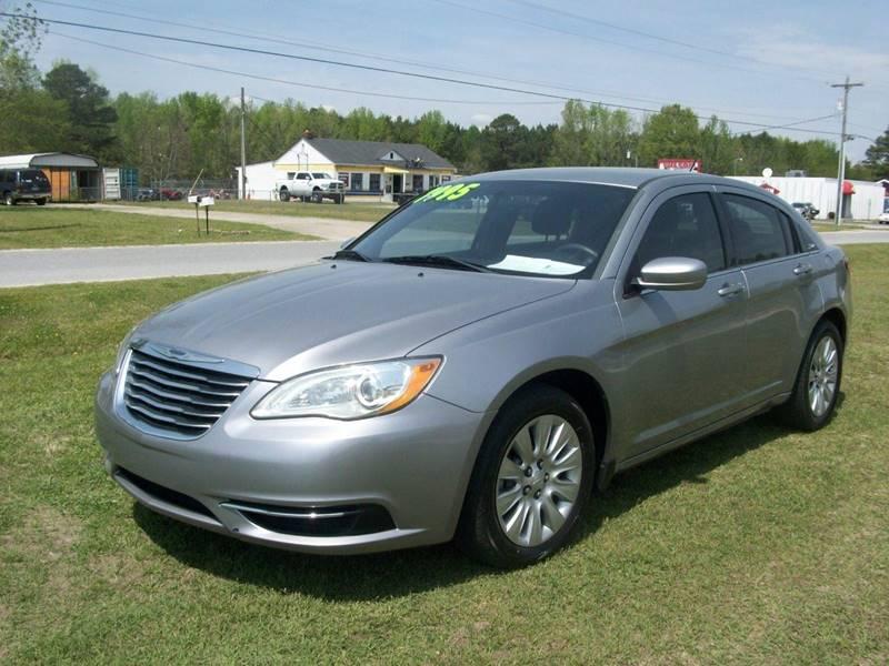 2013 Chrysler 200 LX 4dr Sedan - Wilson NC