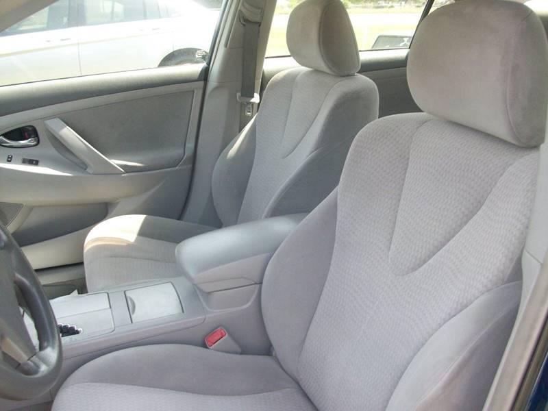 2010 Toyota Camry LE 4dr Sedan 6A - Wilson NC