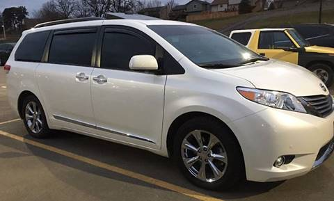 2007 Toyota Sienna for sale at Credit Connection Sales in Fort Worth TX