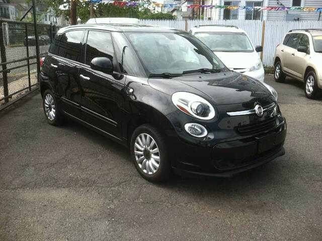 2014 FIAT 500L Easy 4dr Hatchback - Elizabeth NJ