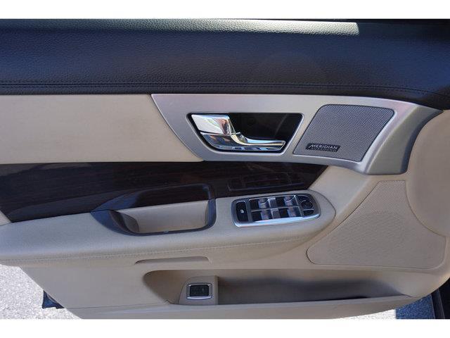 2013 Jaguar XF 3.0 4dr Sedan - Nashville TN