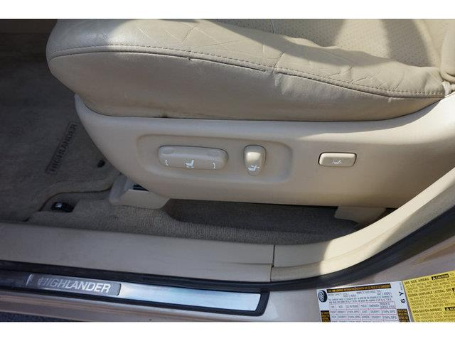 2006 Toyota Highlander V6 4WD Limited w/3rd Row - Nashville TN