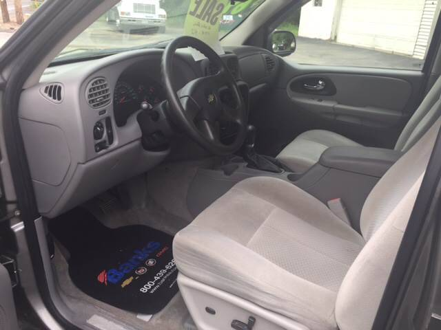 2008 Chevrolet TrailBlazer 4x4 LT1 4dr SUV - Pepperell MA