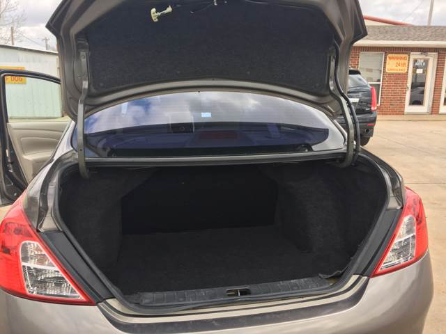 2012 Nissan Versa 1.6 S 4dr Sedan CVT - Moore OK