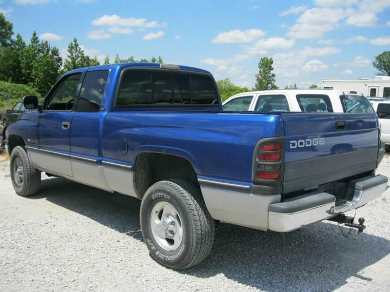 1997 Dodge Ram Pickup 1500 2dr ST 4WD Extended Cab SB - Baldwyn MS