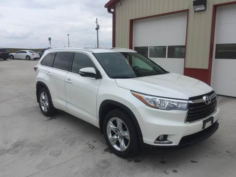 2015 Toyota Highlander for sale at SCOTT LEMAN AUTOS in Goodfield IL