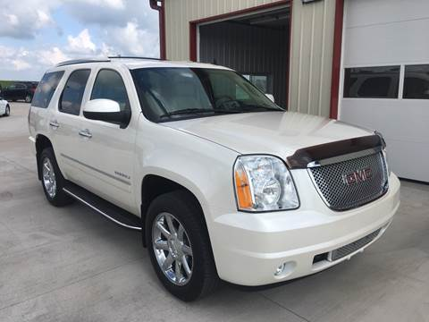 2011 GMC Yukon for sale at SCOTT LEMAN AUTOS in Goodfield IL