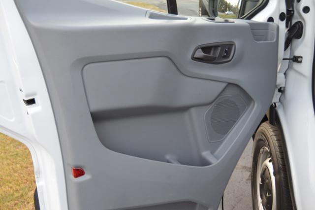 2016 Ford Transit Cargo 150 3dr SWB Low Roof Cargo Van w/60/40 Passenger Side Doors - Hanover MA
