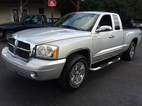 2005 Dodge Dakota for sale in Mogadore, OH