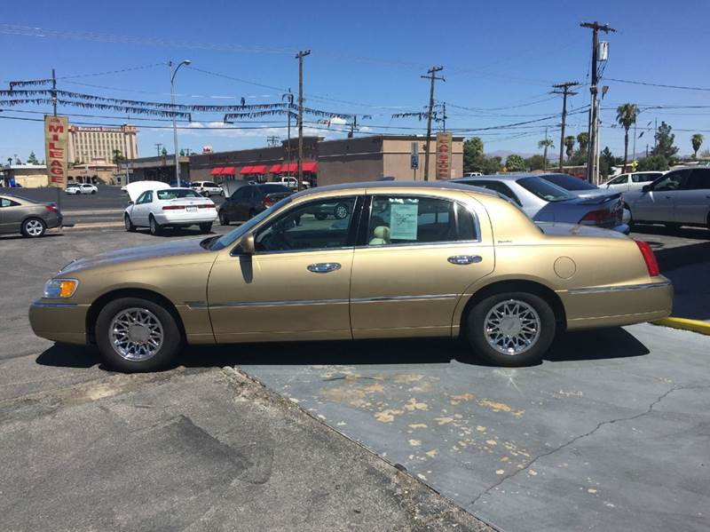 1998 Lincoln Town Car Signature 4dr Sedan In Las Vegas Nv Car Store