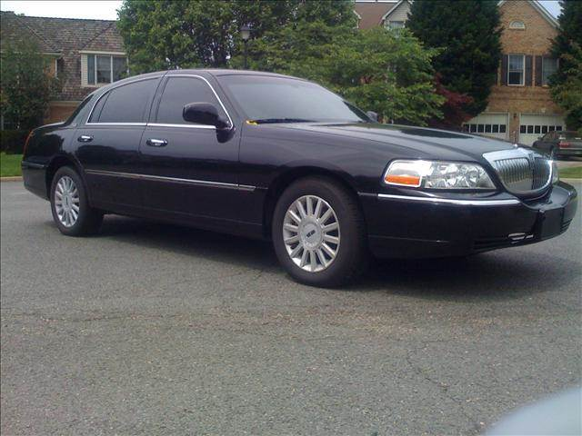 2005 Lincoln Town Car Limited Signature In Washington Dc Elite Motors