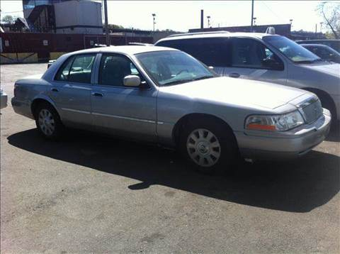 2004 Mercury Grand Marquis for sale at Elite Motors in Washington DC