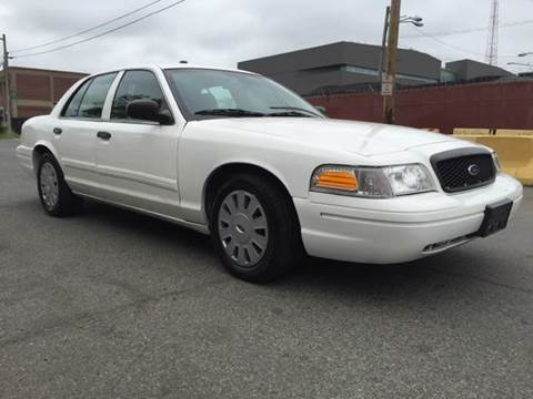 2011 Ford Crown Victoria for sale at Elite Motors in Washington DC
