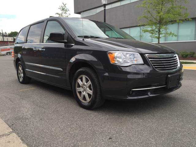 2011 Chrysler Town and Country for sale at Elite Motors in Washington DC