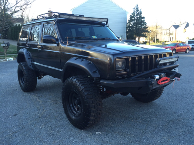 2001 Jeep Cherokee for sale at Elite Motors in Washington DC