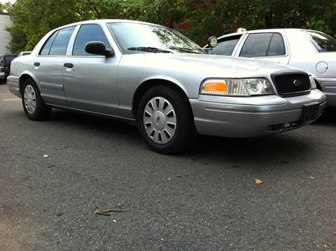 2006 Ford Crown Victoria for sale at Elite Motors in Washington DC