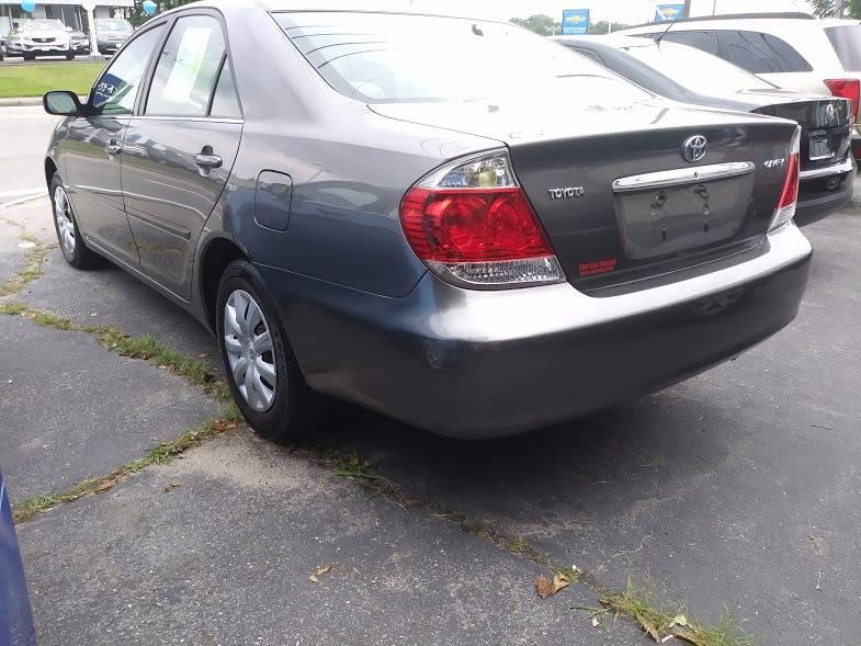 2005 Toyota Camry 4dr Sedan - Seekonk MA