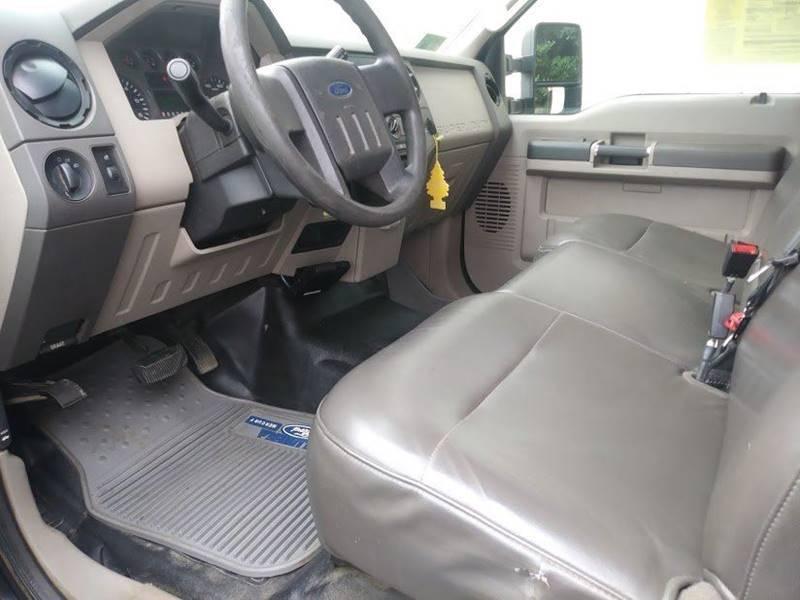 2009 Ford F-250 Super Duty 4x4 XL 2dr Regular Cab 8 ft. LB - Seekonk MA
