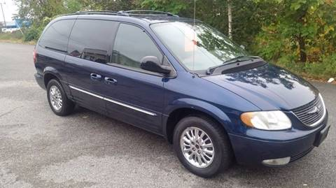 2003 Chrysler Town and Country for sale in Seekonk, MA