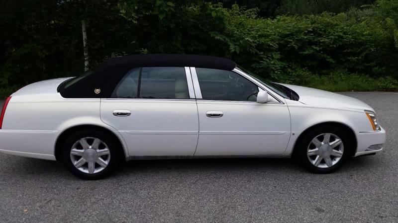2006 Cadillac DTS Luxury II 4dr Sedan - Seekonk MA