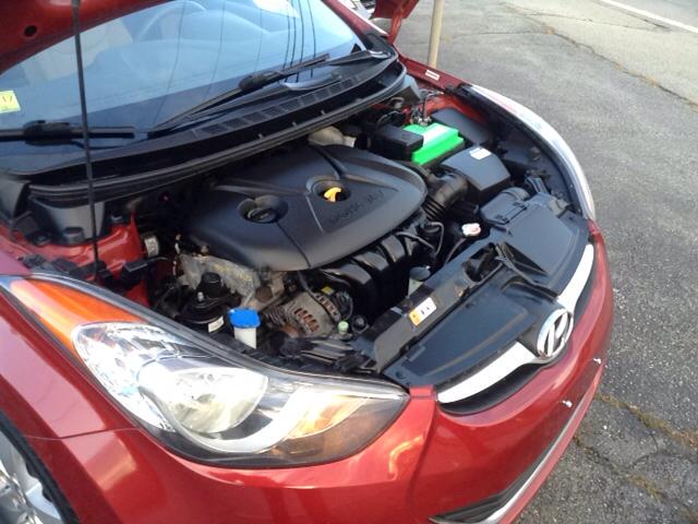 2012 Hyundai Elantra GLS 4dr Sedan - Seekonk MA