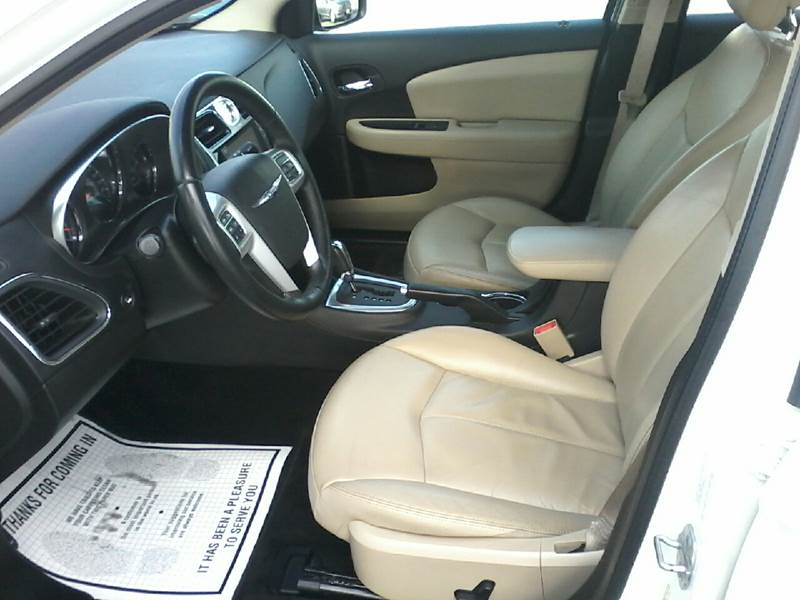 2011 Chrysler 200 Limited 4dr Sedan - Salisbury MD