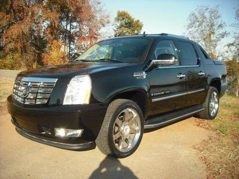 2007 Cadillac Escalade EXT for sale at CAROLINA CLASSIC AUTOS in Fort Lawn SC