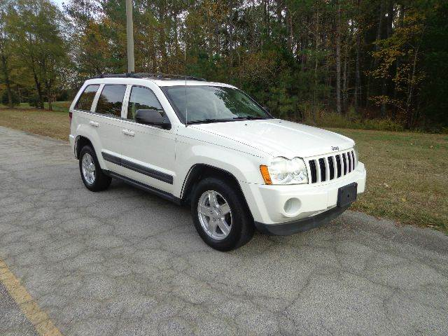 2006 Jeep Grand Cherokee for sale at CAROLINA CLASSIC AUTOS in Fort Lawn SC