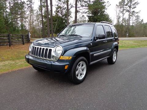 2005 Jeep Liberty for sale at CAROLINA CLASSIC AUTOS in Fort Lawn SC