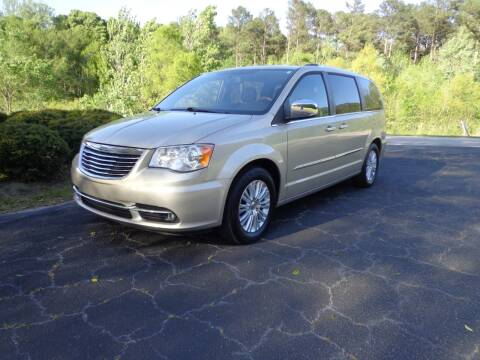 2013 Chrysler Town and Country for sale at CAROLINA CLASSIC AUTOS in Fort Lawn SC