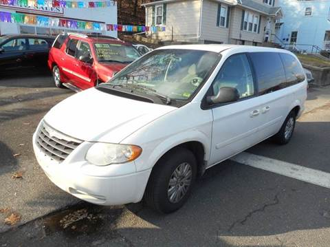 2006 Chrysler Town and Country for sale at Ricciardi Auto Sales in Waterbury CT