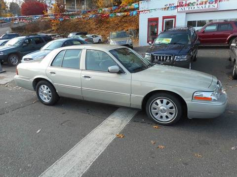 2004 Mercury Grand Marquis for sale at Ricciardi Auto Sales in Waterbury CT