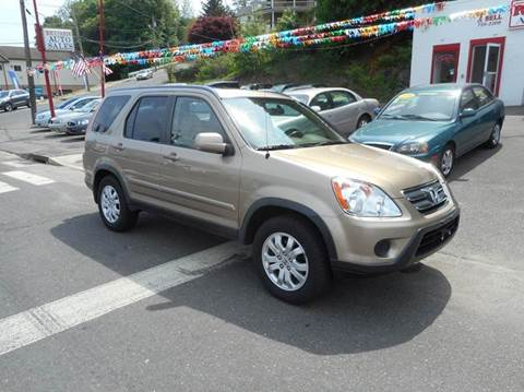 2006 Honda CR-V for sale at Ricciardi Auto Sales in Waterbury CT