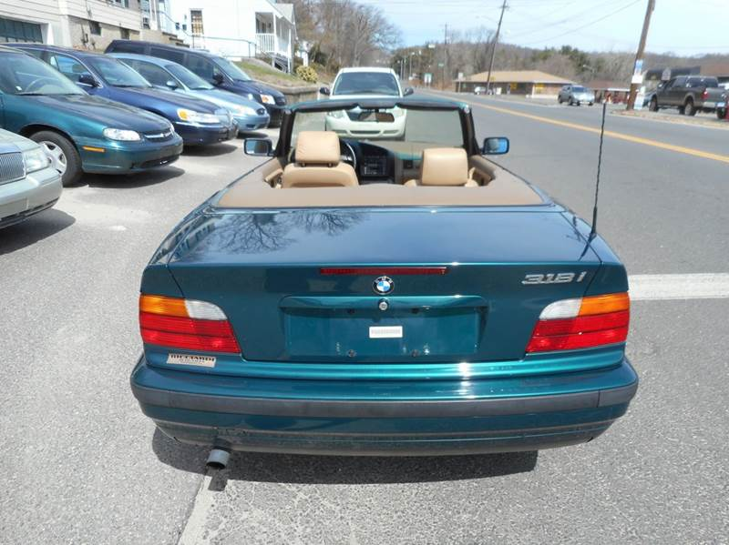 1996 BMW 3 Series for sale at Ricciardi Auto Sales in Waterbury CT