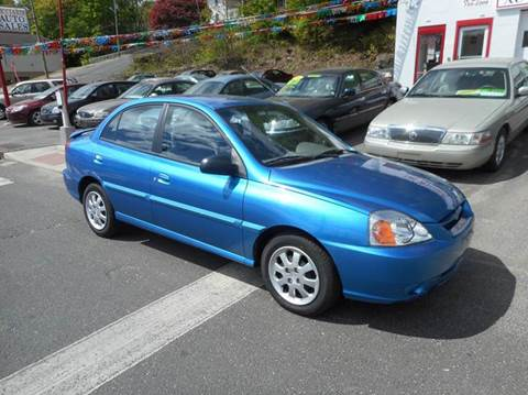2004 Kia Rio for sale at Ricciardi Auto Sales in Waterbury CT