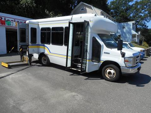 2010 Ford E-350 for sale in Waterbury, CT
