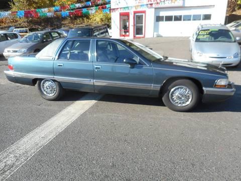 1992 Buick Roadmaster for sale at Ricciardi Auto Sales in Waterbury CT