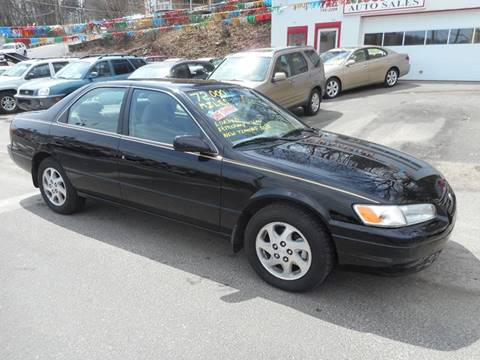 1999 Toyota Camry for sale at Ricciardi Auto Sales in Waterbury CT
