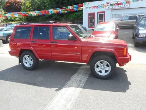 2000 Jeep Cherokee for sale at Ricciardi Auto Sales in Waterbury CT