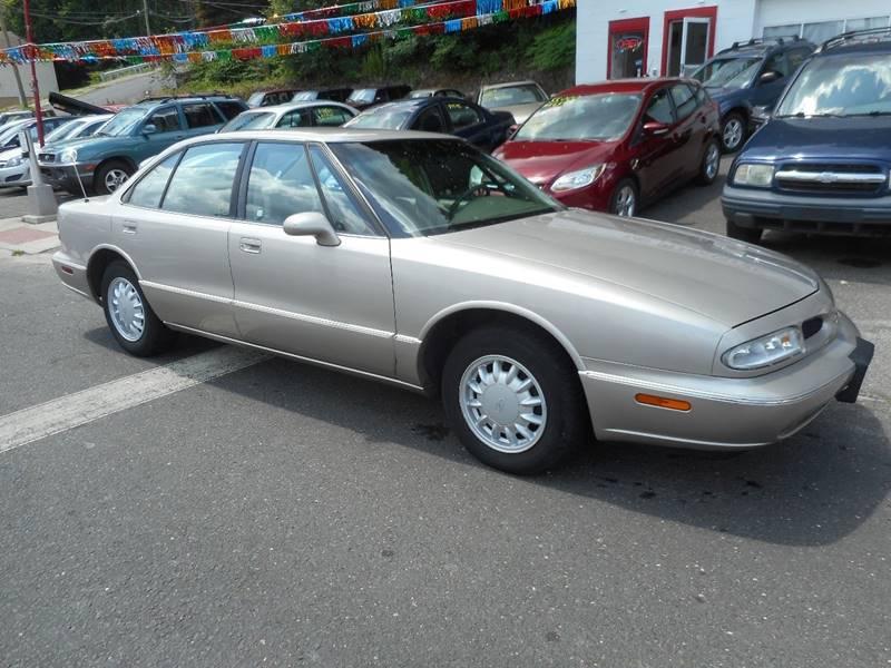 1997 Oldsmobile Eighty-Eight for sale at Ricciardi Auto Sales in Waterbury CT