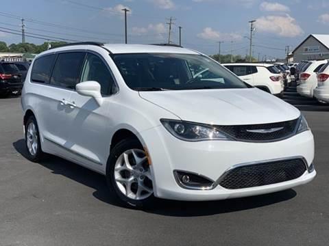 2017 Chrysler Pacifica for sale in Millsboro, DE