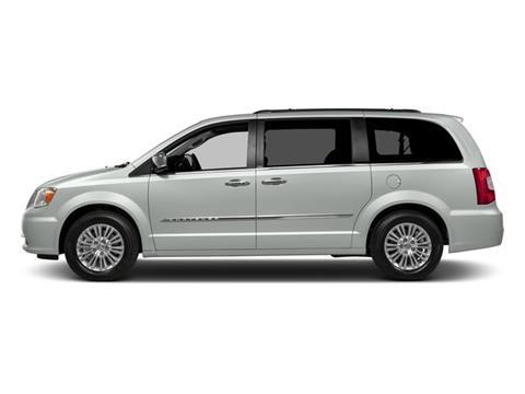 2016 Chrysler Town and Country for sale in Millsboro, DE