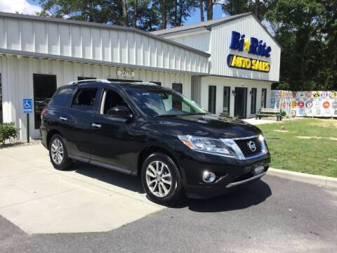 2015 Nissan Pathfinder for sale at Bi Rite Auto Sales in Seaford DE