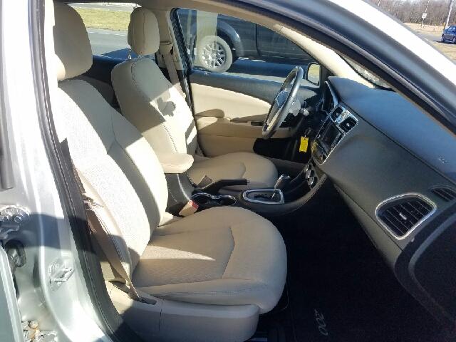 2011 Chrysler 200 Touring 4dr Sedan - Greenwood DE