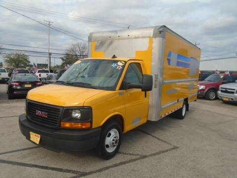 2016 GMC Savana Cutaway for sale in Houston, TX