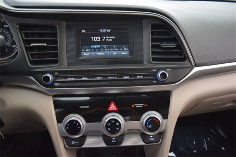 2019 Hyundai Elantra SE 4dr Sedan 6A - Indianapolis IN