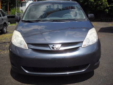 2008 Toyota Sienna for sale in Irvington, NJ