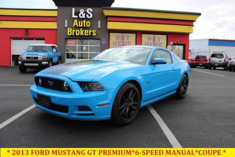 2013 Ford Mustang for sale at L & S AUTO BROKERS in Fredericksburg VA